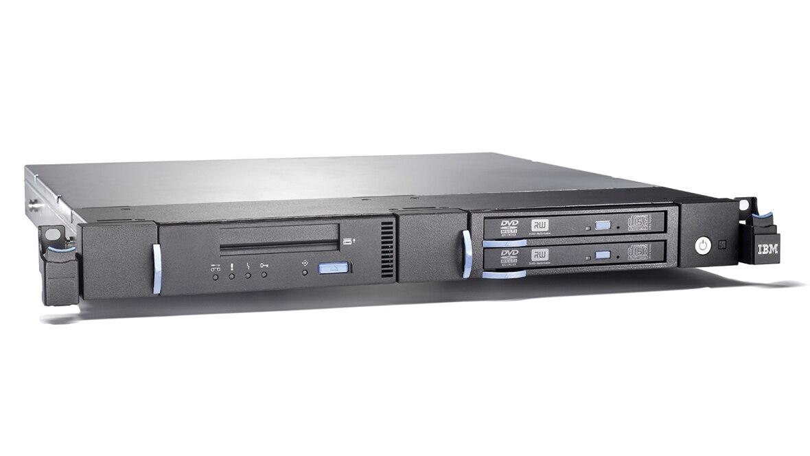 IBM 7226 Multimedia Storage Enclosure